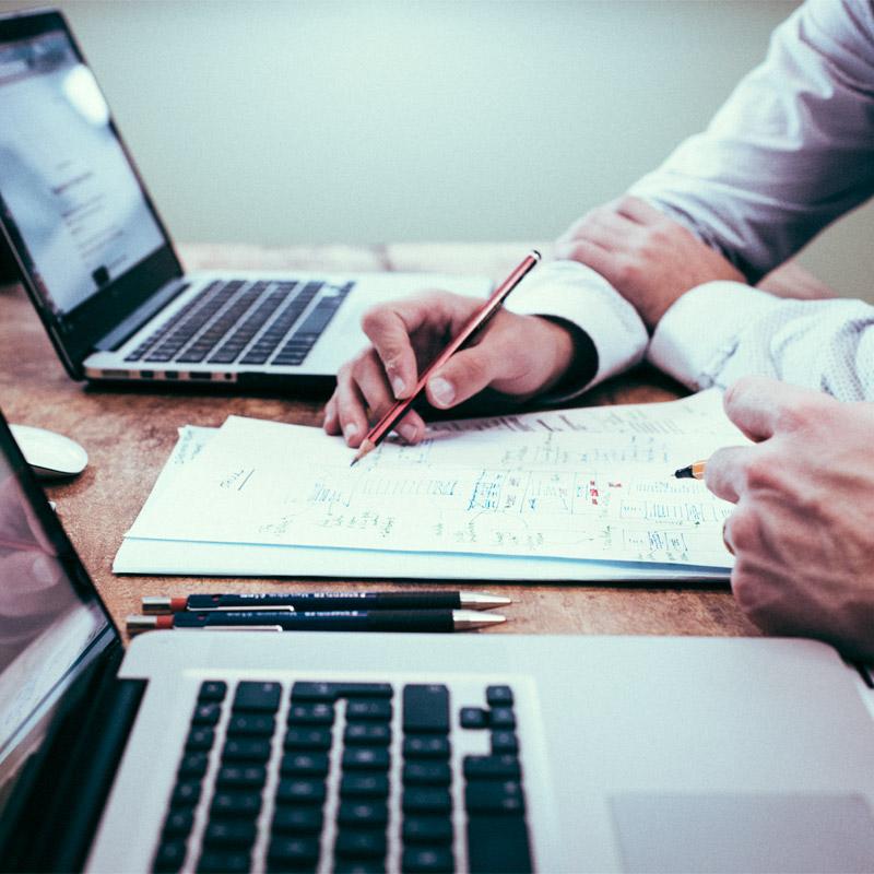 Negócios: saiba como criar o seu – da ideia à concretização!