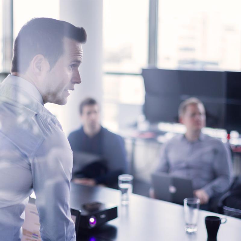 Líder de Sucesso: 5 Estratégias para Desenvolver a Liderança!