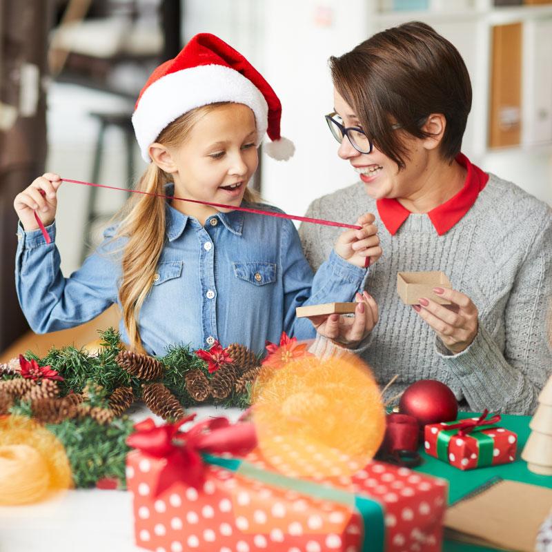 Como fazer uma lembrança de Natal personalizada em família?
